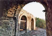 Склеп — место временного захоронения
